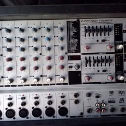 Mixer Behringer PMX660M